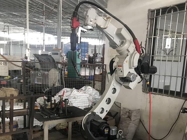 焊接机械人