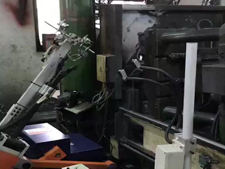 新型压铸行业机械手GY-160C